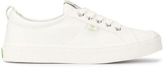 Cariuma OCA Low Off White Canvas Sneaker