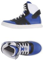 Bumper High-tops & sneakers
