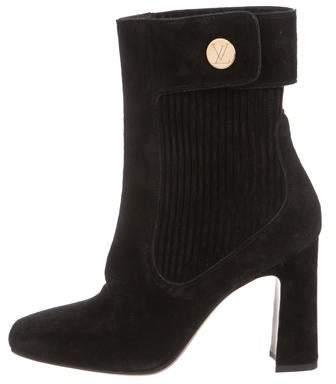 4ea6b77f4561 Louis Vuitton Black Women s Shoes - ShopStyle