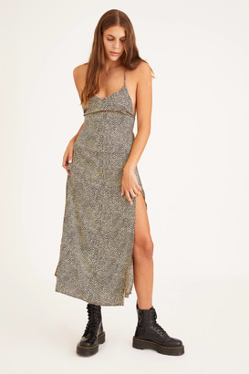 Motel Hian Strappy Back Midi Dress