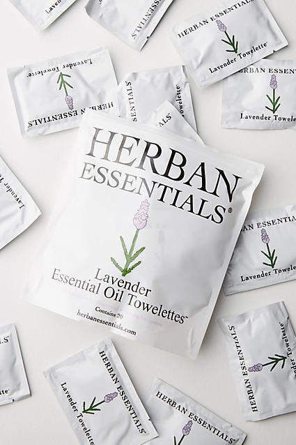 Herban Essentials Towelettes By Herban Essentials in Assorted
