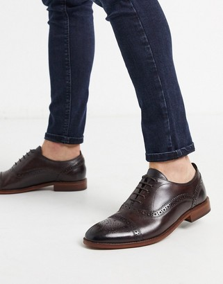 Base London cast brogues in brown leather