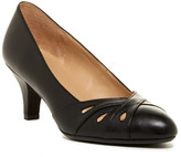 Naturalizer Dixie Kitten Heel Pump - Wide Width Available