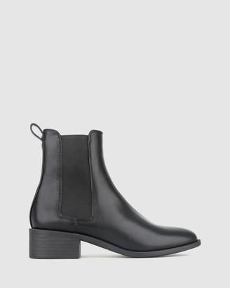 betts Dream Block Heel Chelsea Boots
