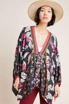 Bl Nk Jessa Embroidered Kimono