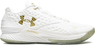 Under Armour Curry Low Friends and Family sneakers