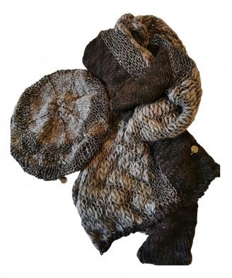 Guidi Brown Wool Scarves