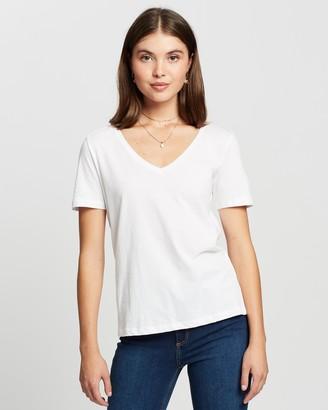 Mng Chalapi T-Shirt