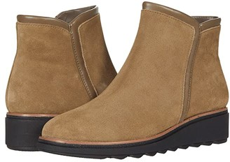 Clarks Sharon Heights (Taupe Suede) Women's Boots