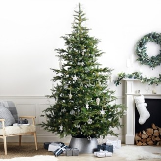 The White Company Pre-Lit Grand Spruce Christmas Tree - 9ft, Natural, One Size