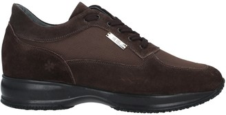 HENNE Low-tops & sneakers