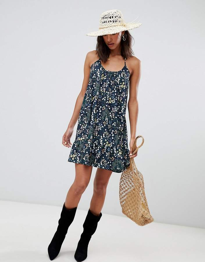 Lavand Ditsy Floral Cami Dress