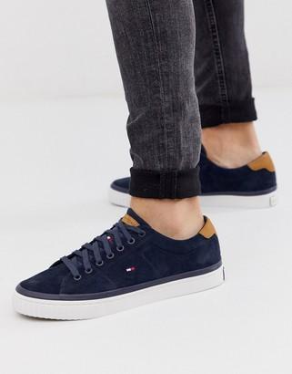 Tommy Hilfiger essential suede trainer in navy with flag logo