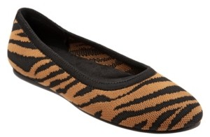 SoftWalk Sonora Flat Women's Shoes