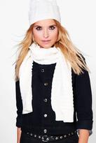 Boohoo Angel Cable Knit Beanie & Scarf Set
