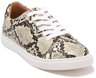 14th & Union Solla Snakeskin Printed Sneaker