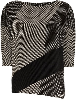 Issey Miyake Printed Crew Neck Jersey Top