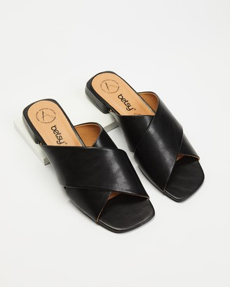 Betsy - Women's Black Flat Sandals - Cross Over Slides - Size 36 at The Iconic