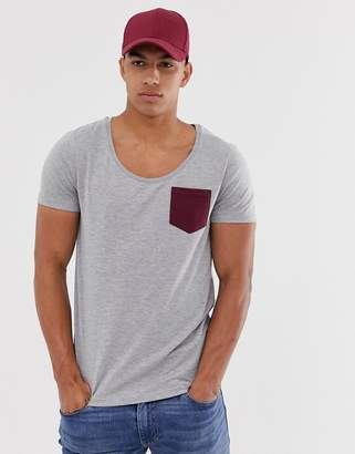 Asos Design DESIGN t-shirt with deep scoop neck and contrast pocket in gray marl