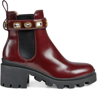 Gucci Women's ankle boot with belt