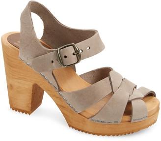 Mia Viveka Platform Sandal