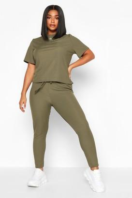 boohoo Plus Rib T-Shirt And Legging Two-Piece