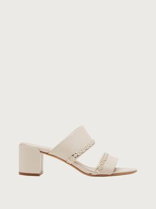 Salvatore Ferragamo Women Vara chain sandal White Size 5