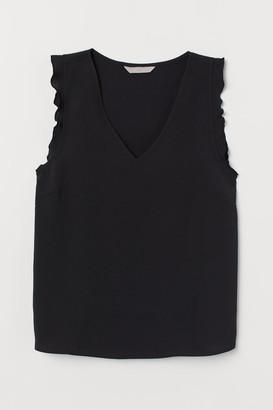 H&M Flounce-sleeved top