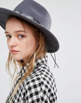 Glamorous Western Structured Hat in Dark Gray