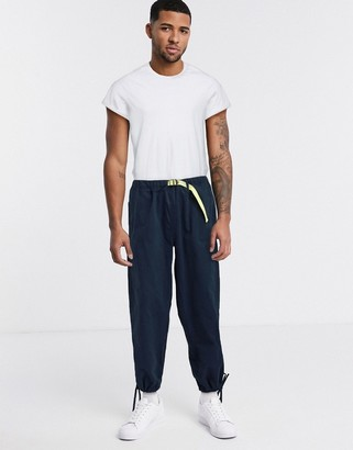 Mossimo Relaxed Straight climbing pant in navy