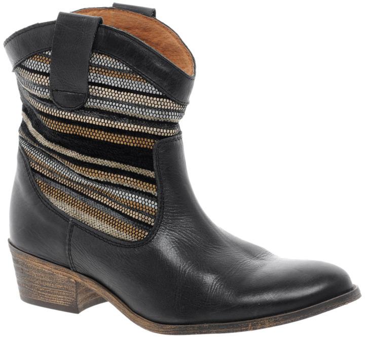 Bertie Pentra Woven Western Boots