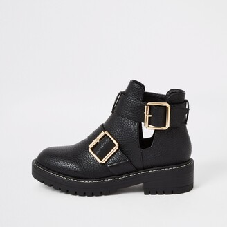 River Island Womens Black cutout buckle side chunky ankle boots