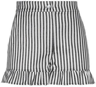 Black Coral Shorts