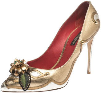 Dolce & Gabbana Metallic Gold/Silver Leather Metal Flower And Stud Embellished Pointed Toe Pumps Size 39