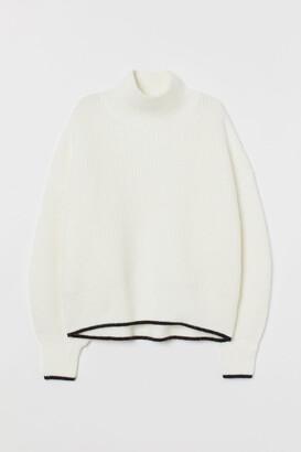 H&M Balloon-sleeved Sweater