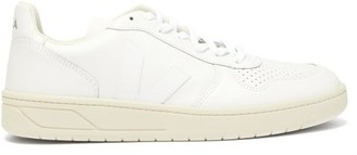 Veja V 10 Leather Low Top Trainers - Mens - White