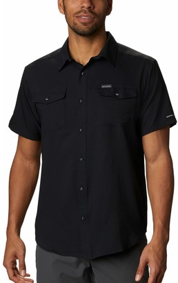 Columbia Men's Utilizer Regular-Fit Omni-Wick Button-Down Shirt