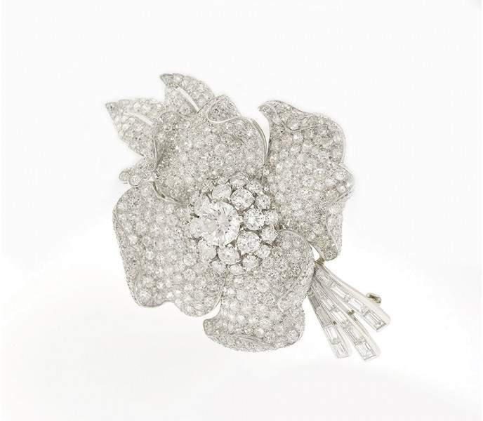Van Cleef & Arpels Platinum And Diamond Flower Brooch