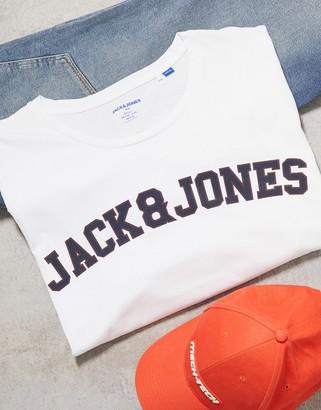Jack and Jones Originals chest branding logo t-shirt