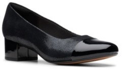 Clarks Collection Women's Chartli Diva Pumps Women's Shoes
