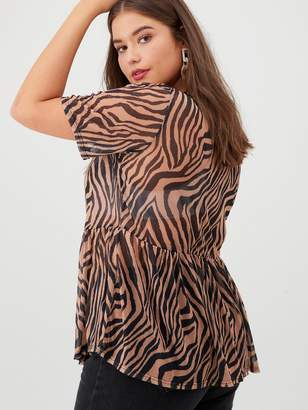 V By Very Curve Mesh Peplum Hem Top - Tiger Print