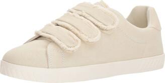 Tretorn Women's Carryfrg Sneaker