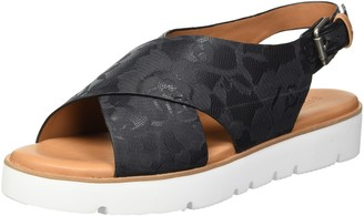 Gentle Souls by Kenneth Cole Women's Kiki Platform Slingback Sandal Sandal