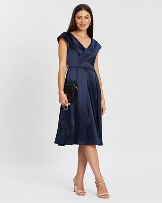Review Biella Dress