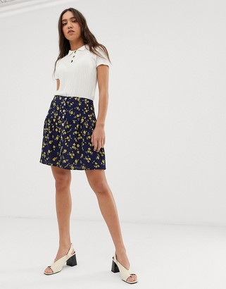Leon & Harper 90's mini skirt in floral