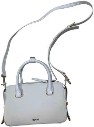 Innue' Innue White Leather Handbags