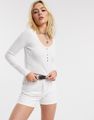 Bershka cropped t-shirt with popper detail in white