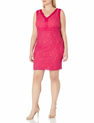 Sangria Women's Plus Size V-Neck Lace Sheath with Contrast Lining