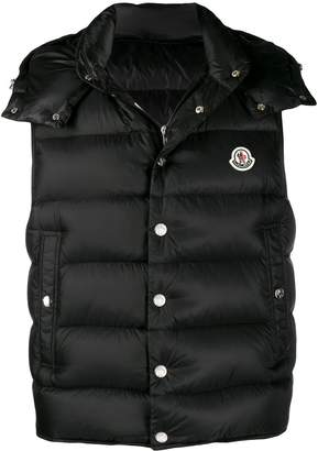 Moncler Legere logo patch quilted gilet