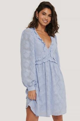 Manon Tilstra X NA-KD Textured Flowy Mini Dress